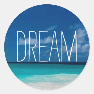 Sueño de Beachs blanco y de cielos azules Pegatina Redonda
