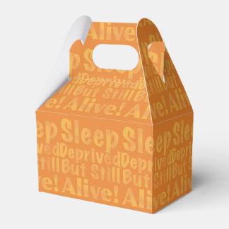 Sueño privado pero aún vivo en amarillo caja para regalos