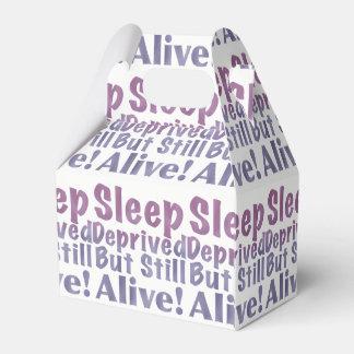 Sueño privado pero aún vivo en púrpuras caja para regalos