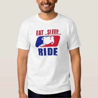 Sueño y paseo de Eeat Camisetas