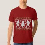Suéter feo del navidad de Bigfoot del día de Camisetas