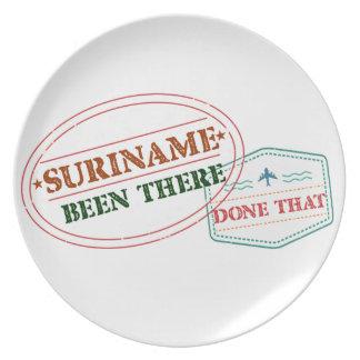 Suriname allí hecho plato