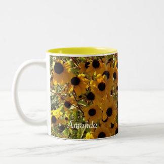 Susan observada negro personalizada florece las taza de café de dos colores