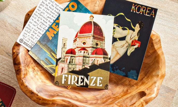 Crea tus propias postales y personalízalas con tus colores, diseños y estilos favoritos.