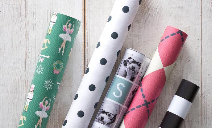 Papel de regalo con diseños personalizados en Zazzle