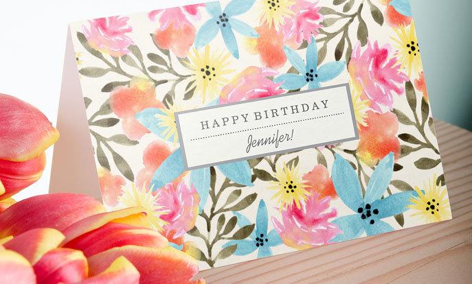 Crea tus tarjetas de cumpleaños personalizadas y personalízalas con tus colores, diseños o estilos favoritos.