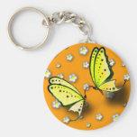 Swallowtails amarillo y margaritas en 3D Llavero Personalizado