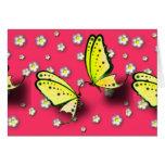 Swallowtails amarillo y margaritas en 3D Tarjetón