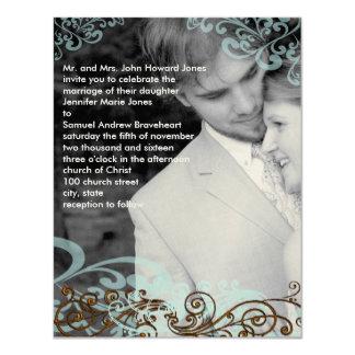 Swirly su azul y Brown de la invitación del boda