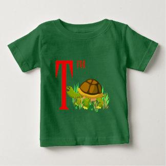 T para la tortuga camisetas