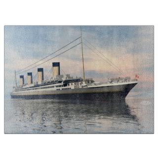 Tabla De Cortar boat_titanic_close_water_waves_sunset_pink_standar