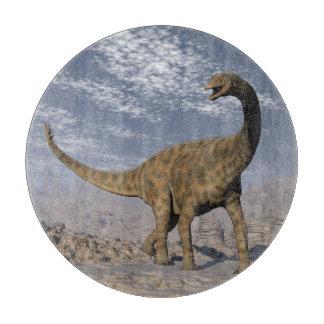 Tabla De Cortar Dinosaurio de Spinophorosaurus que camina en el