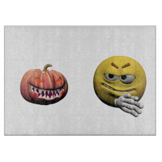 Tabla De Cortar Emoticon amarillo o smiley de Halloween