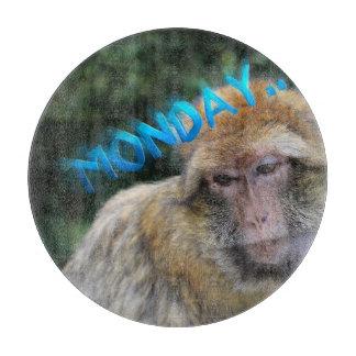 Tabla De Cortar Mono triste sobre lunes