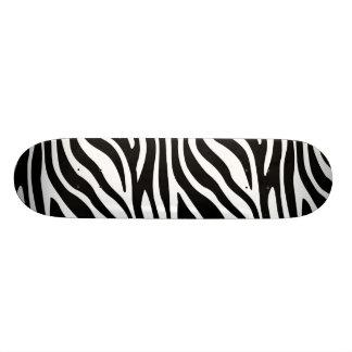 Tabla De Skate Modelo blanco y negro de las rayas del estampado