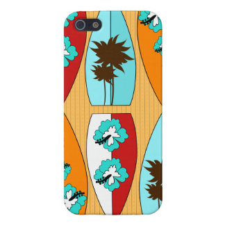 Tablas hawaianas en el tema de la playa del verano iPhone 5 fundas