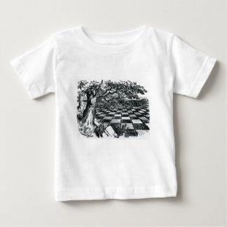 Tablero de ajedrez en el país de las maravillas camiseta de bebé