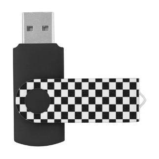 Tablero de damas blanco y negro memoria USB