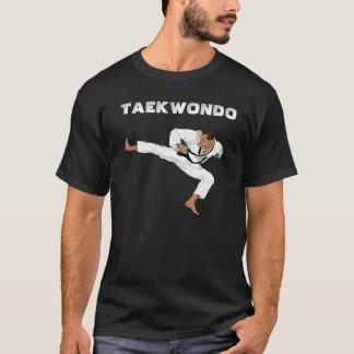 Taekwondo Vector by PICSHELL Camiseta