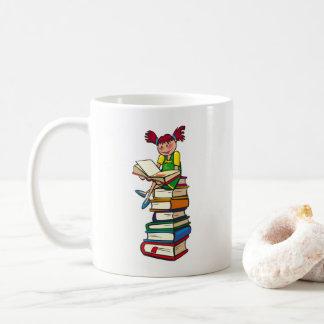 Tanto para leer tan poca hora taza de café