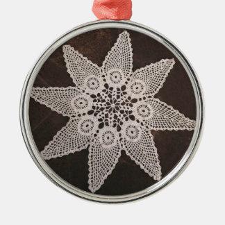 Tapetito 3 del ganchillo del vintage del ornamento adorno redondo plateado