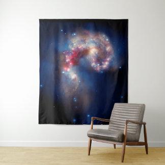 Tapiz NASA de la galaxia de las antenas de NGC 4038