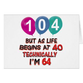 Tarjeta 104os diseños del cumpleaños del año