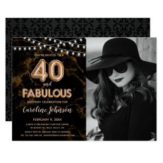 Tarjeta 40.a fiesta de cumpleaños del oro - 40 y fabuloso