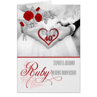 Tarjeta 40.o Corazón de rubíes del rojo del aniversario de
