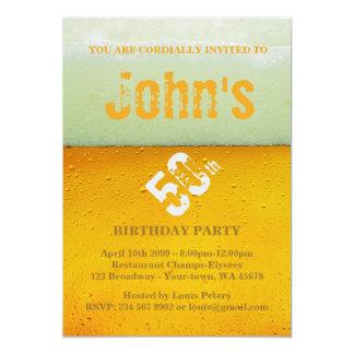 Tarjeta 50.o, hombre de la fiesta de cumpleaños, cerveza