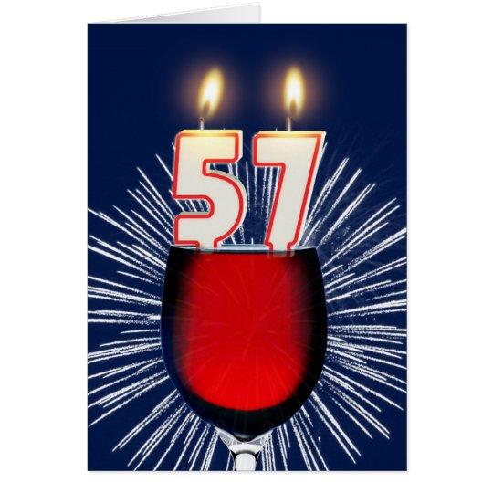 Tarjeta 57.o Cumpleaños con el vino y las velas
