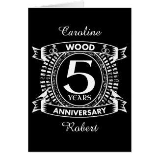 Tarjeta 5to escudo apenado del aniversario de boda