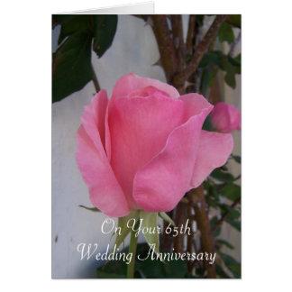 Tarjeta 65.o Rosa del aniversario de boda subió