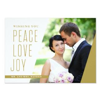 Tarjeta Amor y alegría de la paz en un ángulo
