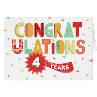 Tarjeta Aniversario del empleado 4 años de enhorabuena de