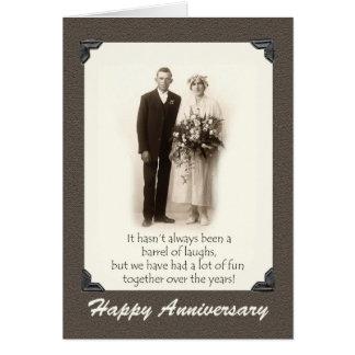 Tarjeta Aniversario feliz, par del vintage, humor,