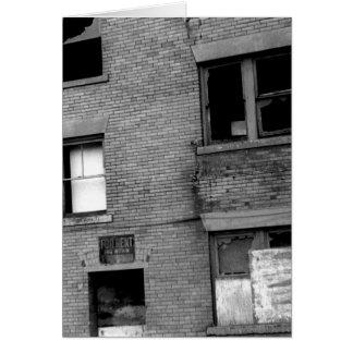 Tarjeta Apartamento abandonado para el alquiler
