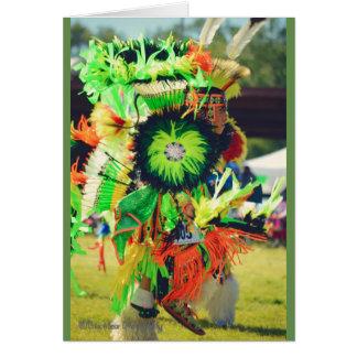 Tarjeta bailarín del powwow