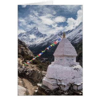 Tarjeta Banderas budistas de la capilla y del rezo,