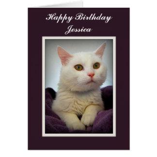 Tarjeta blanca del gato del feliz cumpleaños de Je