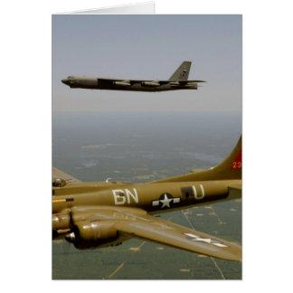 Tarjeta Bombarderos de B17G y de B52H en vuelo