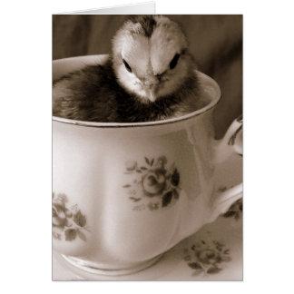 Tarjeta Botas en una taza de té, el día de madre