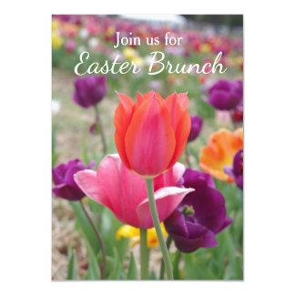 Tarjeta Brunch de Pascua de los tulipanes de la primavera