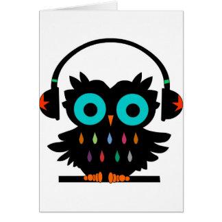 Tarjeta Búho con los auriculares