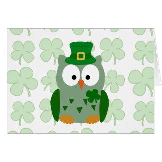Tarjeta Búho del día de St Patrick