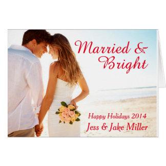 Tarjeta casada y brillante del día de fiesta