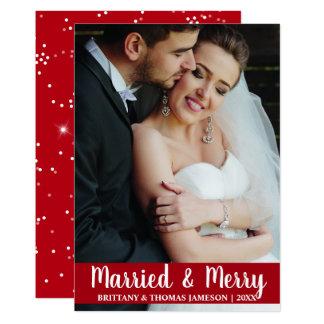 Tarjeta casada y feliz R S de la foto del boda del