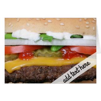 Tarjeta cheeseburger delicioso con la fotografía de las
