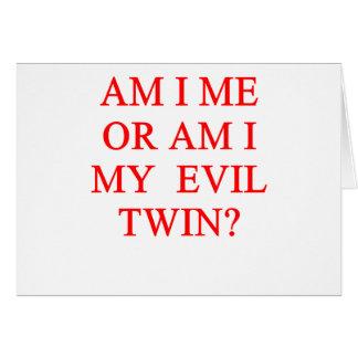 Tarjeta chiste gemelo malvado