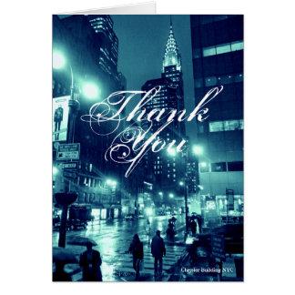Tarjeta Chrysler que construye el azul de NYC le agradece